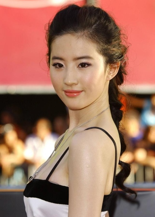 Liu Yifei, Chinese Actress